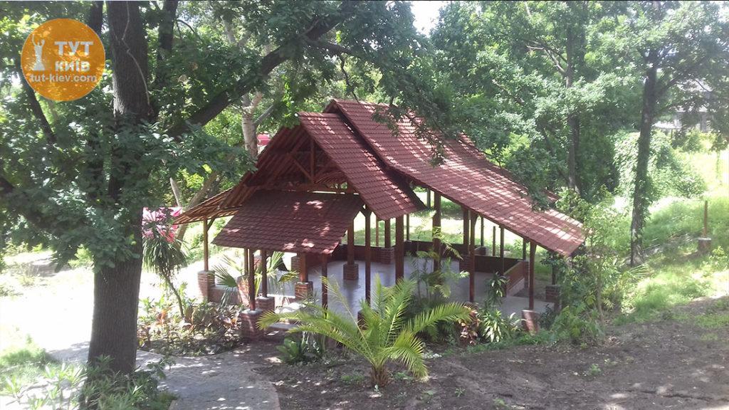 дом индонезии