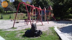 Дитячий майданчик сквер Франко