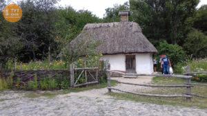 хата музей Пирогові