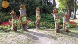деревянные истуканы